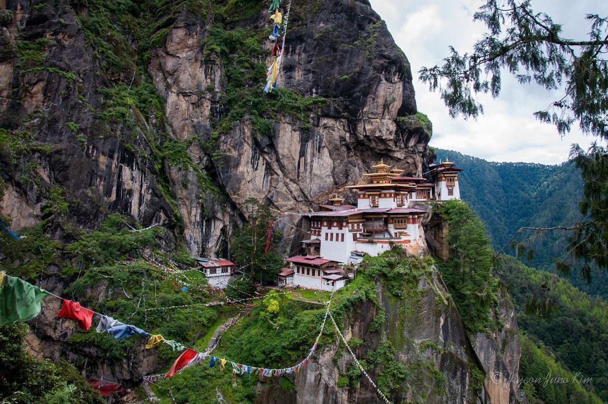 BHUTAN+NEPAL